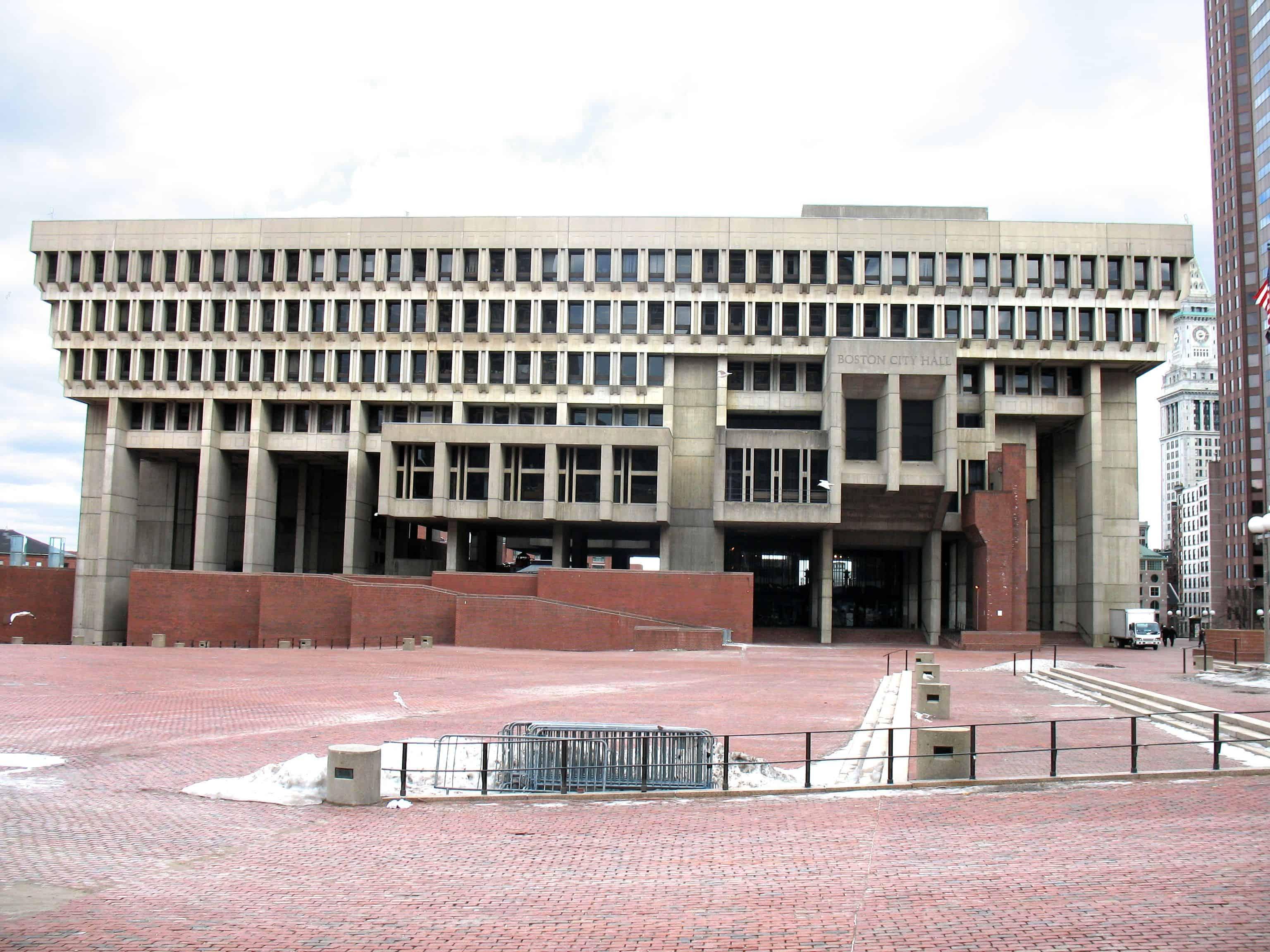 Photographie de l'hôtel de ville de Boston par Kjetil Ree sous licence CC SA-BY 2.5-2.0-1.0